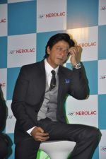 Shahrukh Khan at Nerolac paints event in Trident, Mumbai on 11th Jan 2013 (32).JPG