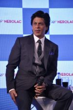 Shahrukh Khan at Nerolac paints event in Trident, Mumbai on 11th Jan 2013 (40).JPG