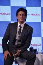 Shahrukh Khan at Nerolac paints event in Trident, Mumbai on 11th Jan 2013 (44).JPG