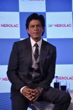 Shahrukh Khan at Nerolac paints event in Trident, Mumbai on 11th Jan 2013 (46).JPG