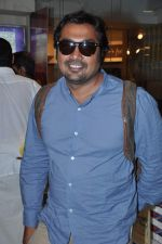 Anurag Kashyap launches book Rajnikant in Mumbai on 13th Jan 2013 (3).JPG