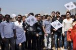 Aslam Sheikh, Raja Bherwani, Gihani Khan, Ankush Bhatt at kite flying competition hosted by MLA Aslam Sheikh in Malad, Mumbai on 14th Jan 2013 (48).JPG
