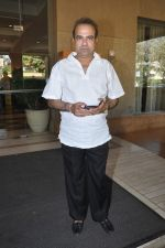 Suresh Wadkar at Radio Mirchi music awards jury meet in J W Marriott, Mumbai on 15th Jan 2013 (7).JPG