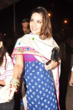 Sunny Leone seek blessings at Siddhivinayak at 4.30 am in Mumbai on 15th Jan 2013 (37).JPG
