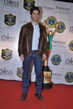 Varun Dhawan at Lions Gold Awards in Mumbai on 16th Jan 2013 (41).JPG