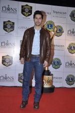 Varun Dhawan at Lions Gold Awards in Mumbai on 16th Jan 2013 (45).JPG