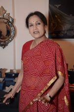 at Hacienda art gallery to launch silver exhibition in Kalaghoda, Mumbai on 16th Jan 2013 (61).JPG