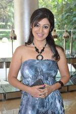 Debina Choudhary at the press conference of Life OK_s new reality show Welcome in Mumbai on 18th Jan 2013 (125).JPG