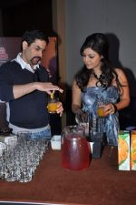 Debina Choudhary, Aman Verma at the press conference of Life OK_s new reality show Welcome in Mumbai on 18th Jan 2013 (220).JPG