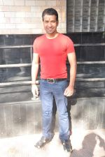 Dinesh Lal Yadav at Manoj Tiwari_s Hindi film Dhara 144 film mahurat in Goregaon, Mumbai on 18th Jan 2013 (7).JPG