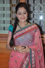 Disha Vakani at Ravi and Rubaina_s wedding reception in Taj Land_s End, Mumbai on 18th Jan 2013 (56).JPG