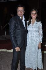Madhur Bhandarkar at Ravi and Rubaina_s wedding reception in Taj Land_s End, Mumbai on 18th Jan 2013 (40).JPG