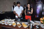 Ragini Khanna, Manoj Tiwari at the press conference of Life OK_s new reality show Welcome in Mumbai on 18th Jan 2013 (222).JPG