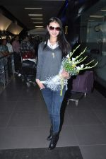 Miss World 2012 Yu Wenxia at Mumbai Airport on 19th Jan 2013 (10).JPG