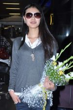 Miss World 2012 Yu Wenxia at Mumbai Airport on 19th Jan 2013 (11).JPG