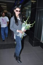 Miss World 2012 Yu Wenxia at Mumbai Airport on 19th Jan 2013 (17).JPG