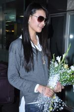 Miss World 2012 Yu Wenxia at Mumbai Airport on 19th Jan 2013 (18).JPG
