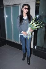 Miss World 2012 Yu Wenxia at Mumbai Airport on 19th Jan 2013 (19).JPG
