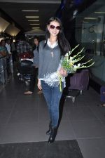 Miss World 2012 Yu Wenxia at Mumbai Airport on 19th Jan 2013 (2).JPG