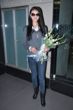 Miss World 2012 Yu Wenxia at Mumbai Airport on 19th Jan 2013 (22).JPG