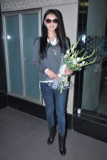 Miss World 2012 Yu Wenxia at Mumbai Airport on 19th Jan 2013 (23).JPG