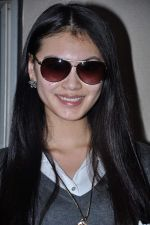 Miss World 2012 Yu Wenxia at Mumbai Airport on 19th Jan 2013 (24).JPG