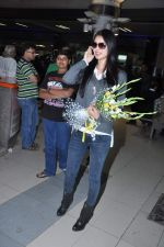 Miss World 2012 Yu Wenxia at Mumbai Airport on 19th Jan 2013 (25).JPG