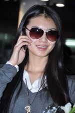 Miss World 2012 Yu Wenxia at Mumbai Airport on 19th Jan 2013 (26).JPG