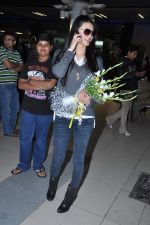 Miss World 2012 Yu Wenxia at Mumbai Airport on 19th Jan 2013 (27).JPG