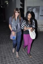 Bipasha Basu snapped at PVR, Mumbai on 22nd Jan 2013(13).JPG