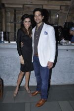 Queenie Singh at Vinod Nair hosts bash for Greogry David Roberts in Le Sutra, Mumbai on 21st Jan 2013 (28).JPG
