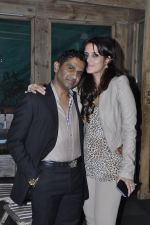 Tulip Joshi, Vinod Nair at Vinod Nair hosts bash for Greogry David Roberts in Le Sutra, Mumbai on 21st Jan 2013 (11).JPG