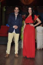 Tusshar Kapoor, Neha Dhupia at the launch of Colors TV Serial Nautanki - The Comedy Theatre in Filmcity, Mumbai on 25th Jan 2013 (35).JPG