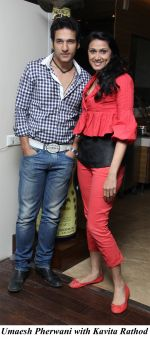 Umaesh Pherwani with Kavita Rathod at the Mexican Food festival in 180  degrees restaurant on 26th Jan 2013.jpg