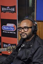 Benny Dayal at Radio City Musica-al-ezam in Bandra, Mumbai on 29th Jan 2013 (62).JPG
