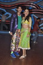 Gauri Tejwani, Hiten Tejwani on the sets of Nach Baliye 5 in Filmistan, Mumbai on 29th Jan 2013 (91).JPG