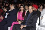Ashutosh Gowariker, Sunita Gowariker at Global Sounds Of Peace live concert in Andheri Sports Complex, Mumbai on 30th Jan 2013 (328).JPG