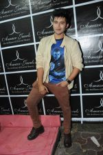 Aditya Singh Rajput at Amaze store in Andheri, Mumbai on 2nd Feb 2013.JPG