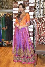 Iris in a Shruti Sancheti outfit at Hue for Shruit Sancheti in Inox, Mumbai on 2nd Feb 2013.jpg