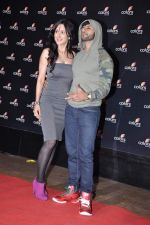 Teejay Sidhu, Karanvir Bohra at Colors bash in Grand Hyatt, Mumbai on 2nd Feb 2013 (199).JPG