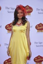 Achala Sachdev at McDowell Signature Premier Indian Derby 2013 day 1 in Mumbai on 3rd Feb 2013 (16).JPG