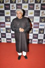 Javed Akhtar at Radio Mirchi music awards red carpet in Mumbai on 7th Feb 2013 (20).JPG