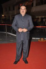 Raza Murad at Anjan Shrivastav son_s wedding reception in Mumbai on 10th Feb 2013 (27).JPG