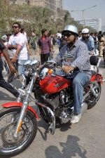 Sanjay Gupta at safety drive rally by 600 bikers in Bandra, Mumbai on 10th Feb 2013 (64).JPG