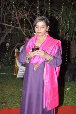 Shabana Azmi at Anjan Shrivastav son_s wedding reception in Mumbai on 10th Feb 2013 (15).JPG