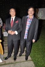 Shatrughan Sinha, Danny Denzongpa at Anjan Shrivastav son_s wedding reception in Mumbai on 10th Feb 2013 (63).JPG