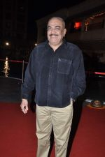 Shivaji Satam at Anjan Shrivastav son_s wedding reception in Mumbai on 10th Feb 2013 (31).JPG