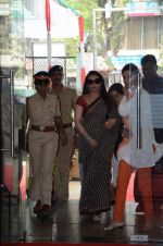 Rani Mukherji at women empowerement event organised by Mumbai police in Bhaidas Hall, Mumbai on 11th Feb 2013 (19).JPG