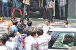 Salman Khan snapped outside Being Human store with Sunil Shetty in Santacruz, Mumbai on 13th Feb 2013 (19).JPG
