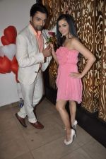 Shilpa Anand celebrate Valentine Day with Akash in Mumbai on 13th Feb 2013 (19).JPG